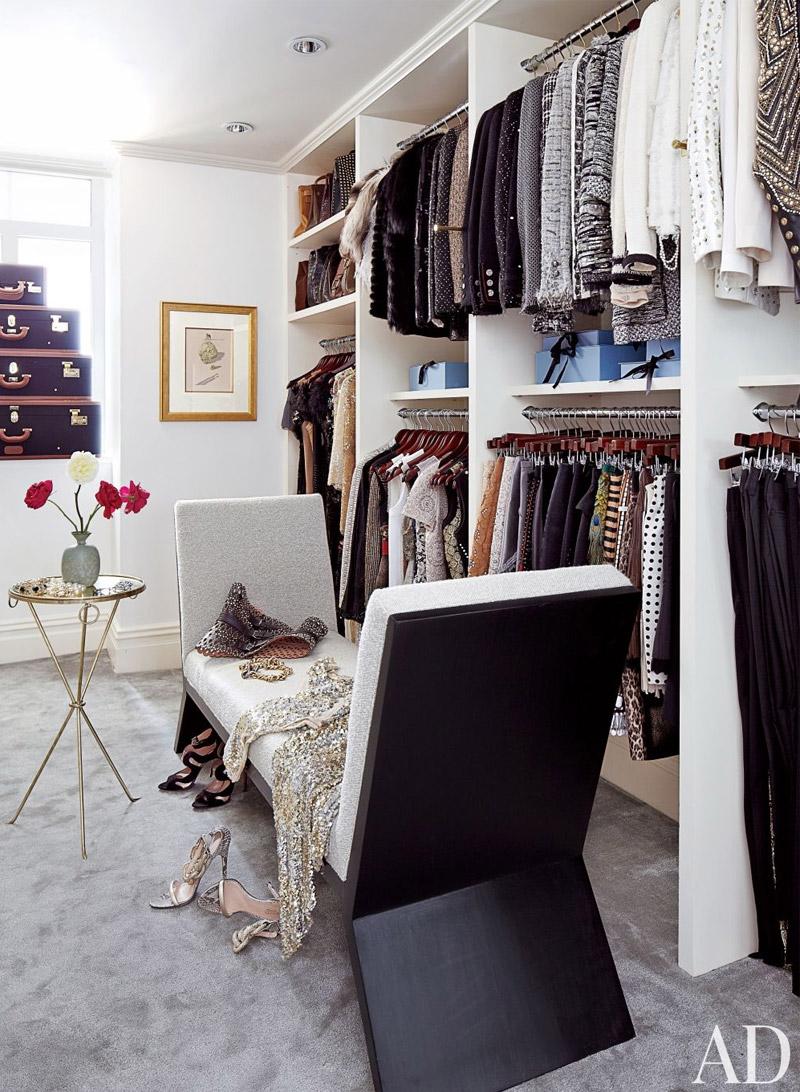 living-gazette-barbara-resende-decor-tour-apto-ny-nina-garcia-closet