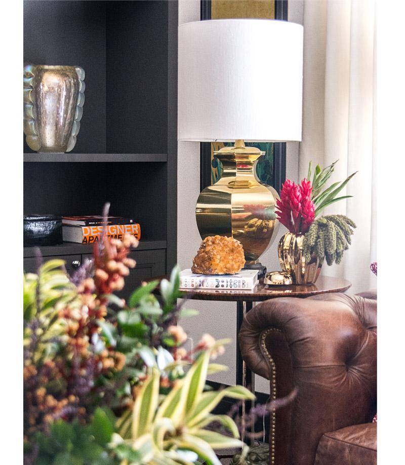 living-gazette-barbara-resende-decor-sala-ecletica-thales-decordhome-mesa-lateral